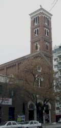 1_Parrocchia-di-Santa-Maria-quartiere-di-Caballito-Buenos-Aires1-225x300
